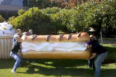 The Giant Eclair